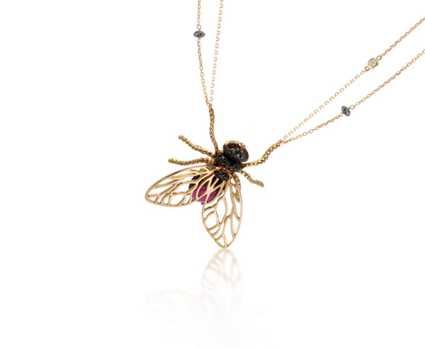 NECKLACE FLY